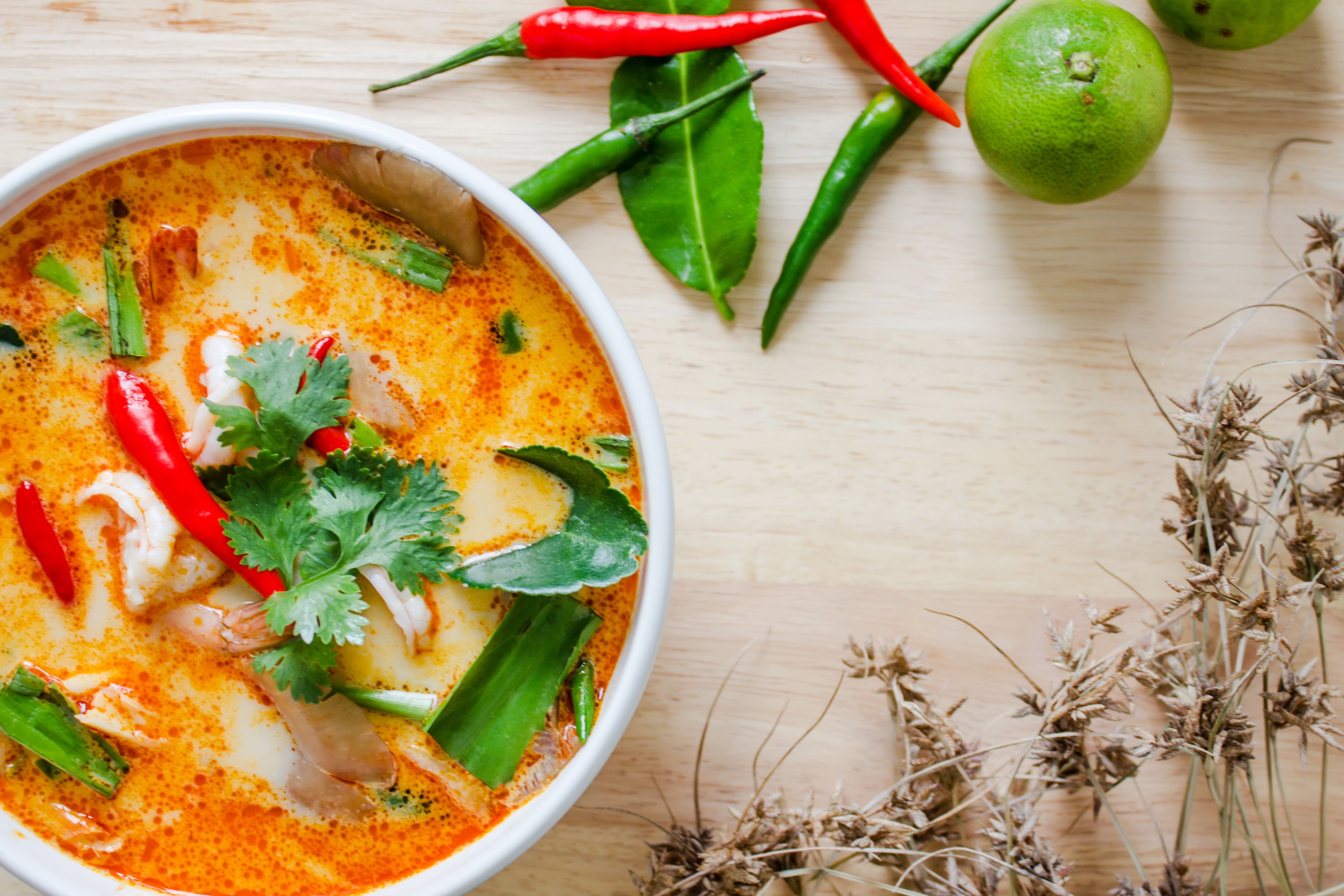 Tom Yum Soup Recipe to Spice Up Your Life - Only 97 Calories!